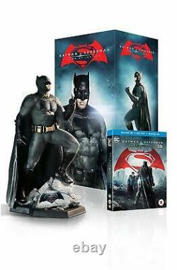 Batman's Blue Ray Box V Superman Dawn Of Justice Batman's New Statue