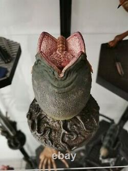 Statue Figure Alien Egg Facehugger Rare Sideshow