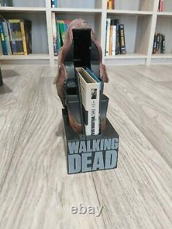 The Walking Dead Season 2 Blu-ray Collector's Box